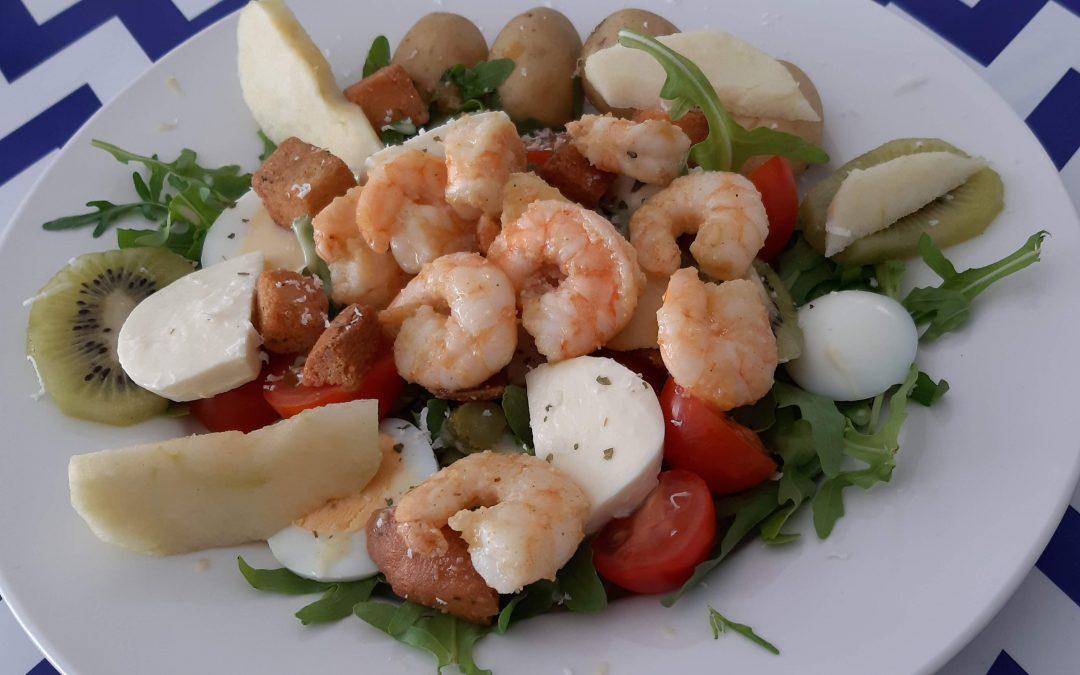 Salade met scampi's, appel en curryvinaigrette