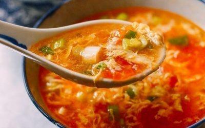 Tomato egg drop soep