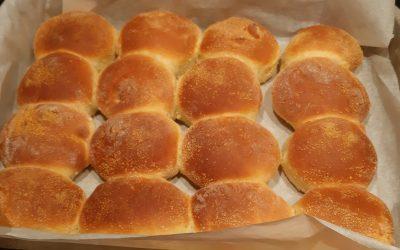 Pandesal (Filipijnse broodjes)