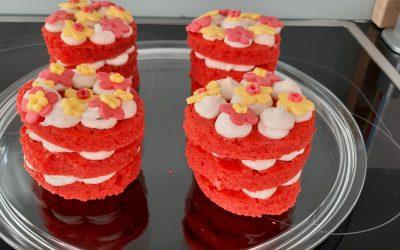 Mini rode velvet cakes