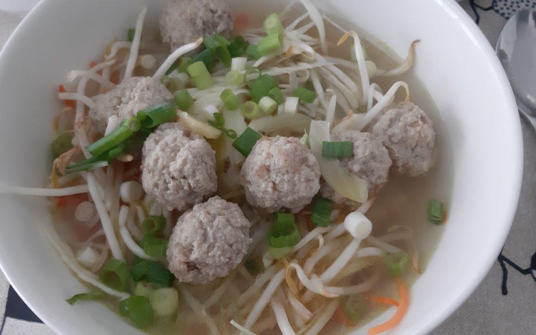 Bakso soep (indonesisch)
