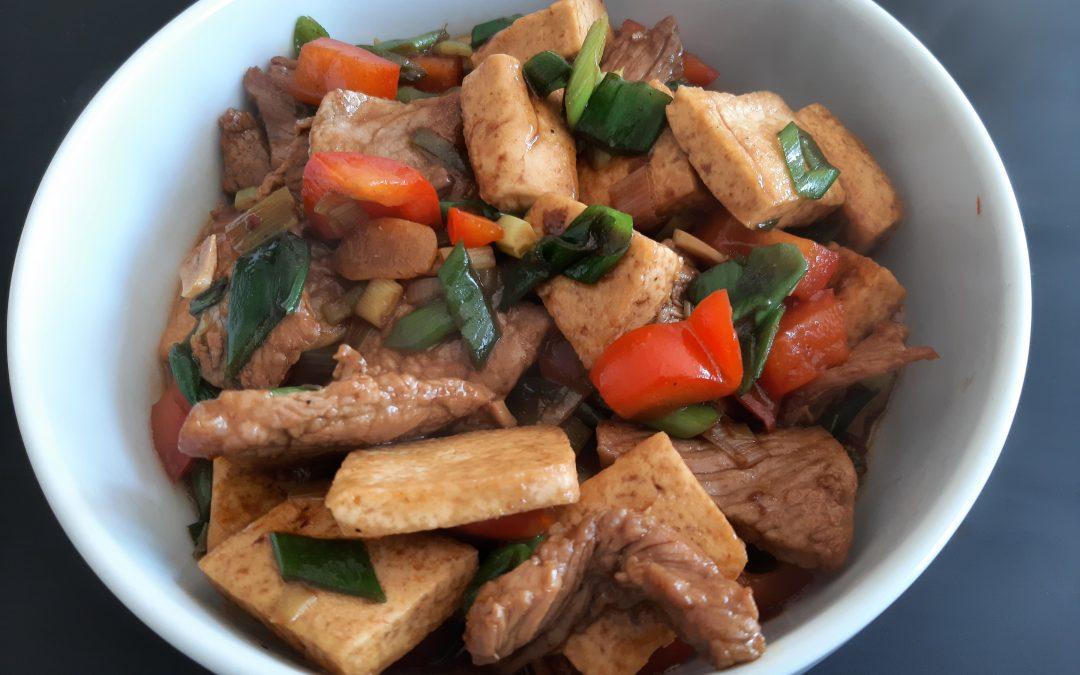 Gember, beef en tofu roerbak